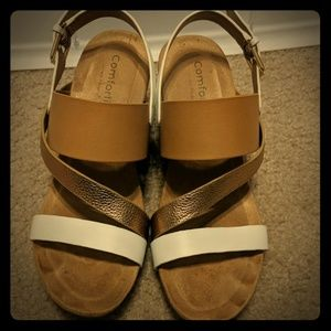 Comfortiva  Leather Vail Wedge